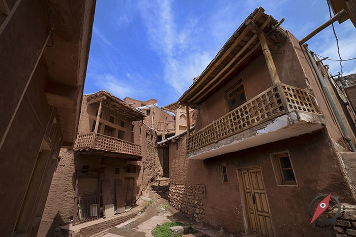 หมู่บ้านอาบียาเน่ห์ 2
